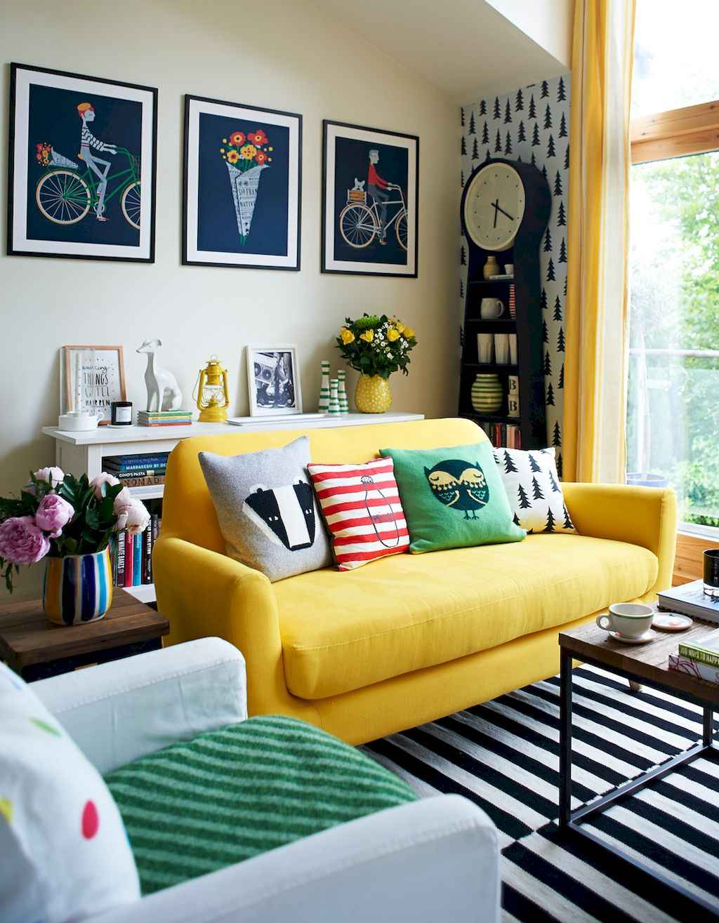 Charming Living Rooms in Eclectic Style Design