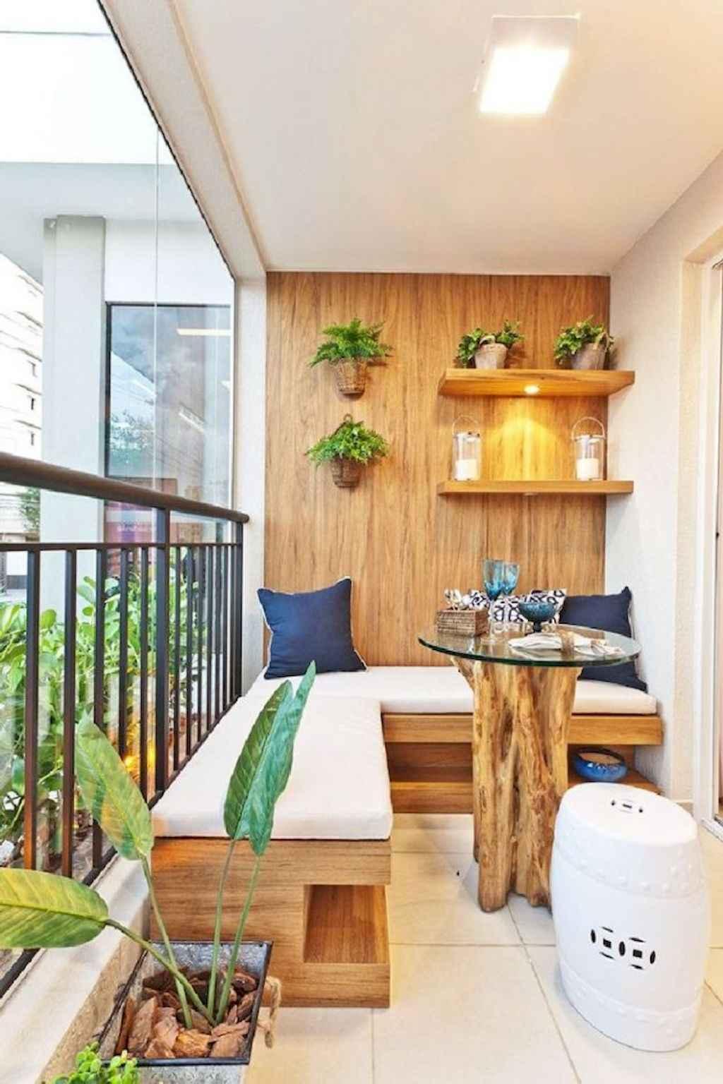 Ламинат на стене в интерьере: фото на кухне, гостиной, прихо.