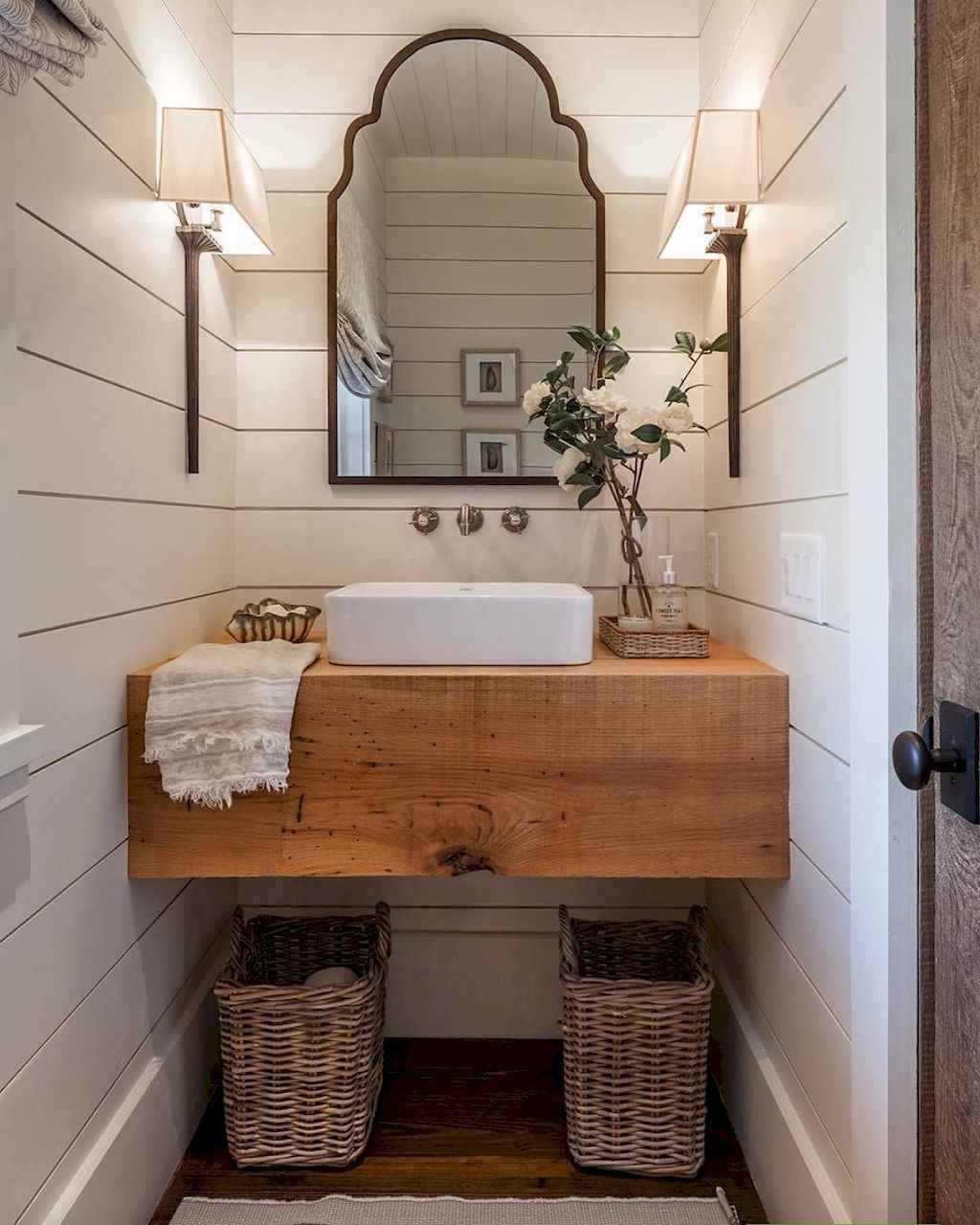 50 rustic farmhouse master bathroom remodel ideas 11 for Rustic farmhouse bathroom ideas