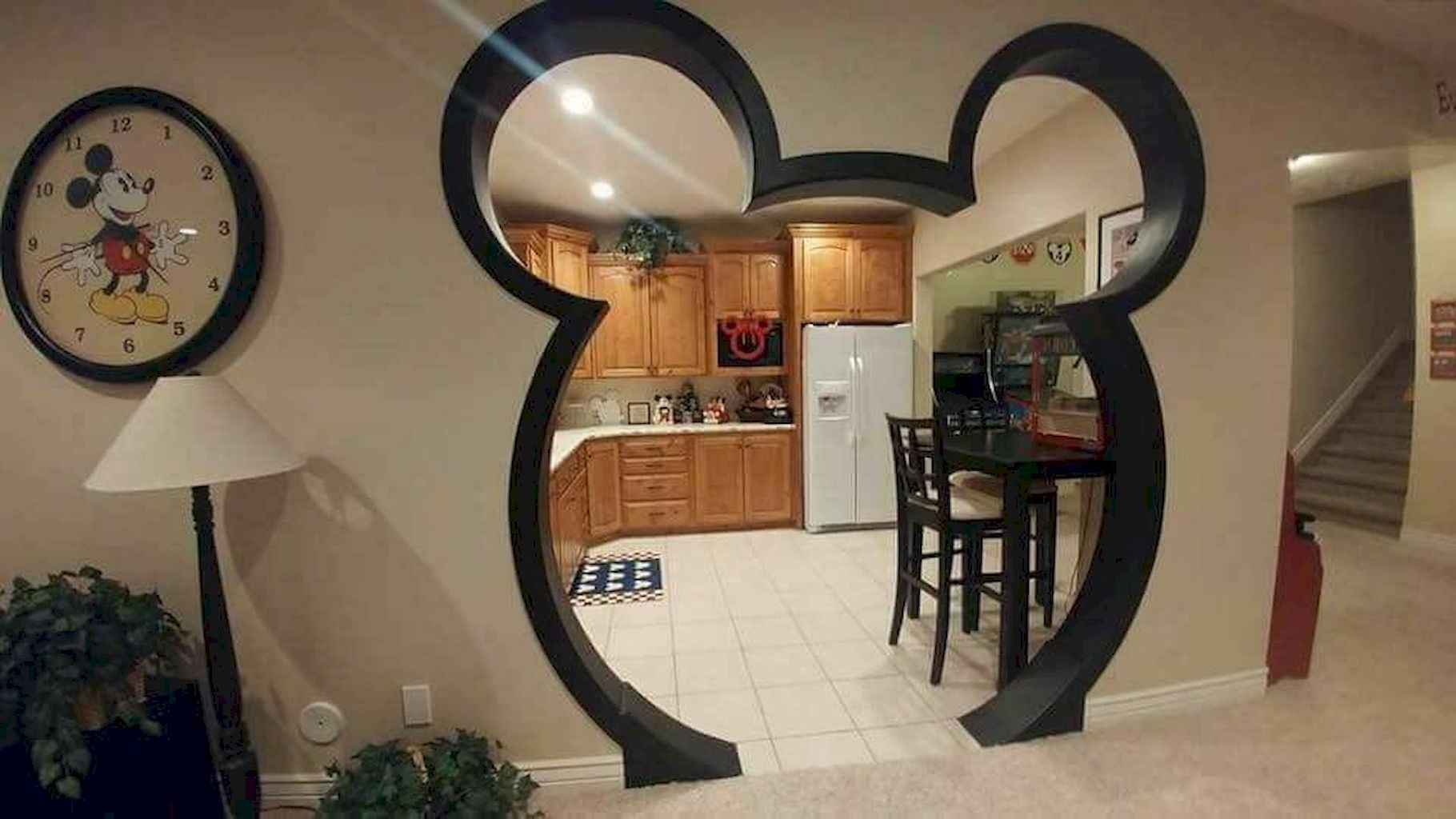 20 diy disney apartment decorations ideas (15)