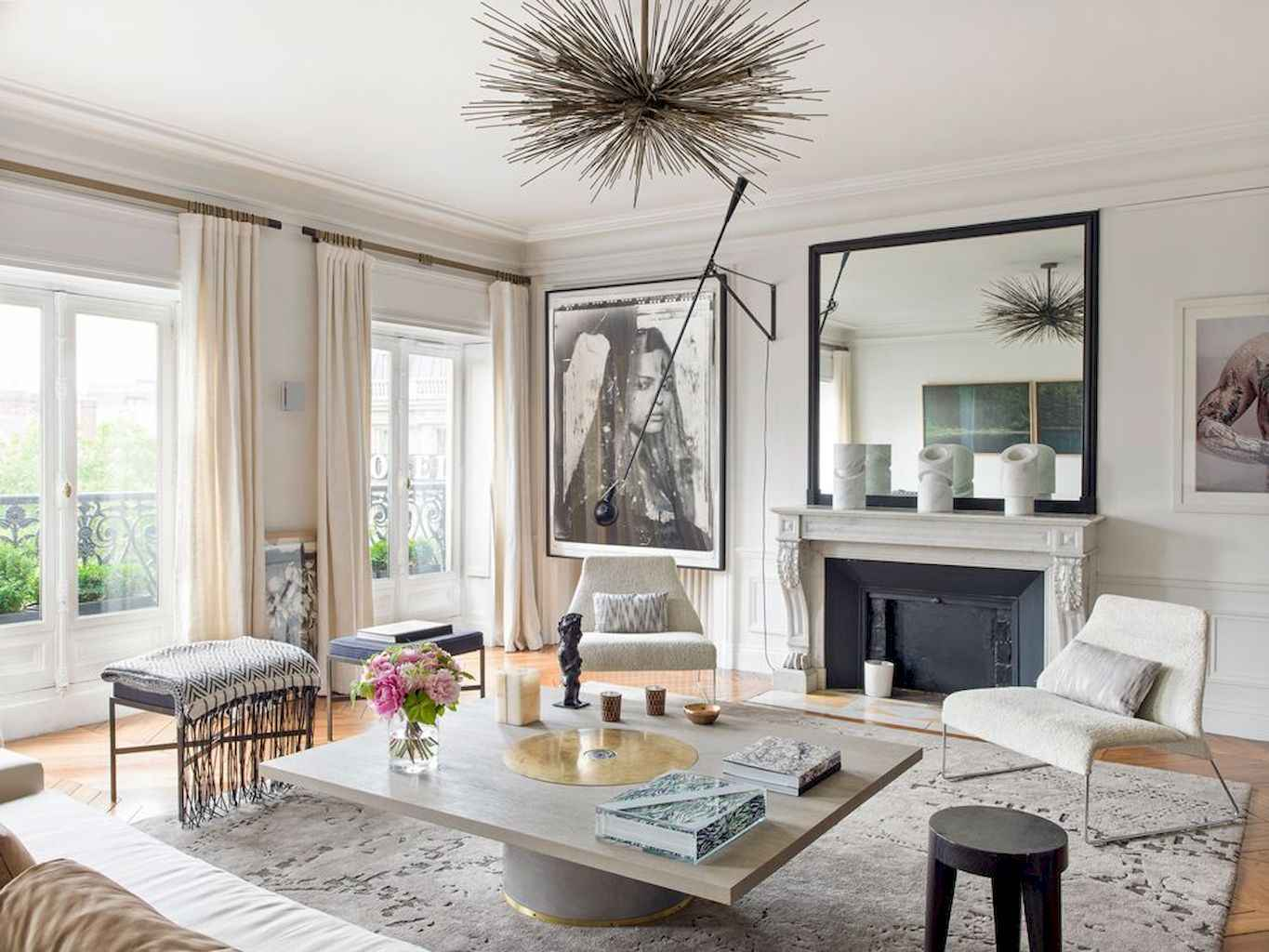 Published December 28 2017 At 1365 1024 In 111 Beautiful Parisian Chic Apartment Decor Ideas