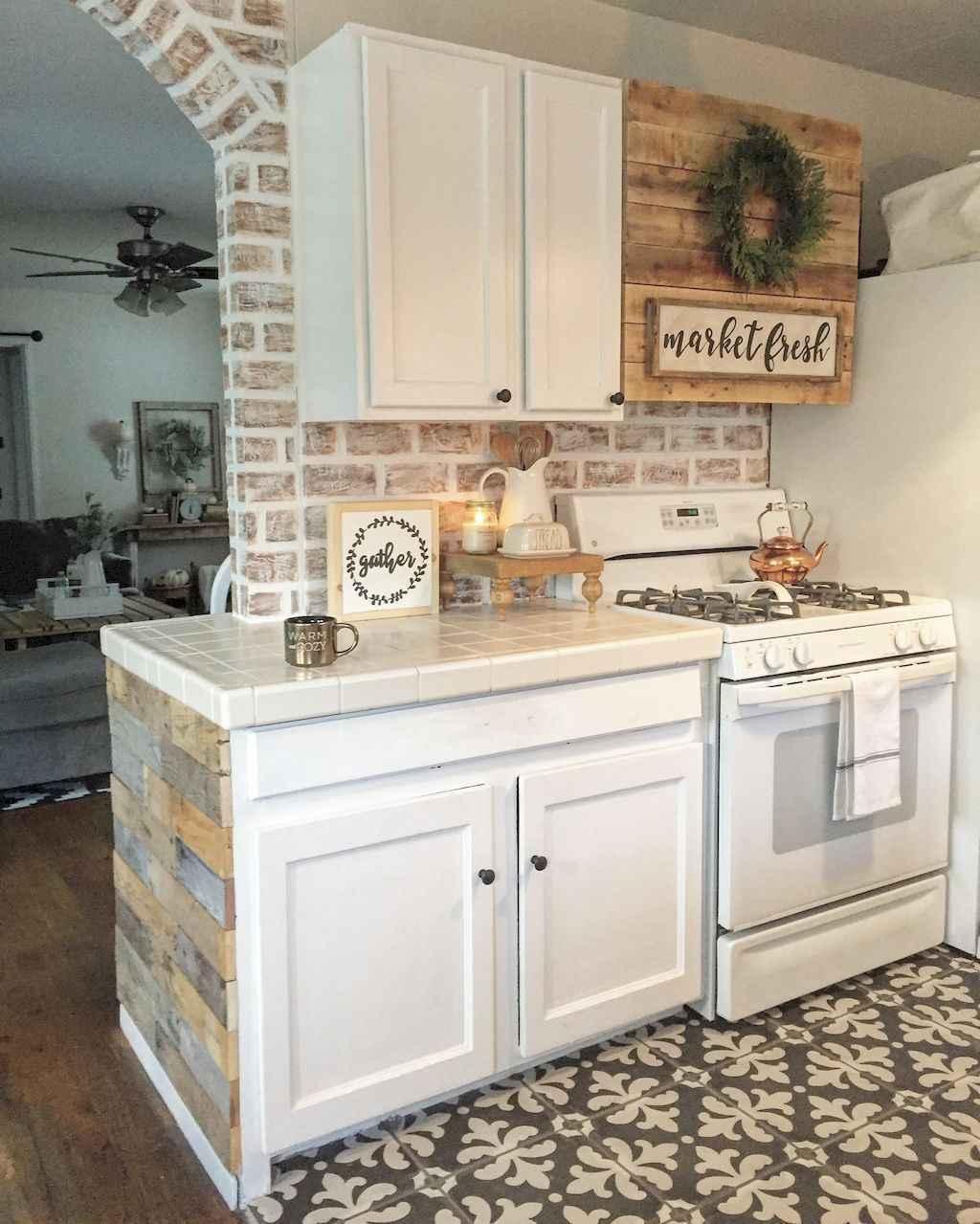 60 Fancy Farmhouse Kitchen Backsplash Decor Ideas 53