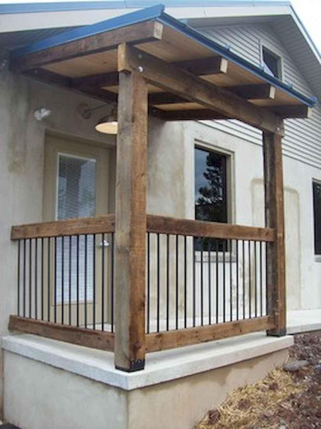 65 Stunning Farmhouse Porch Railing Decor Ideas 50