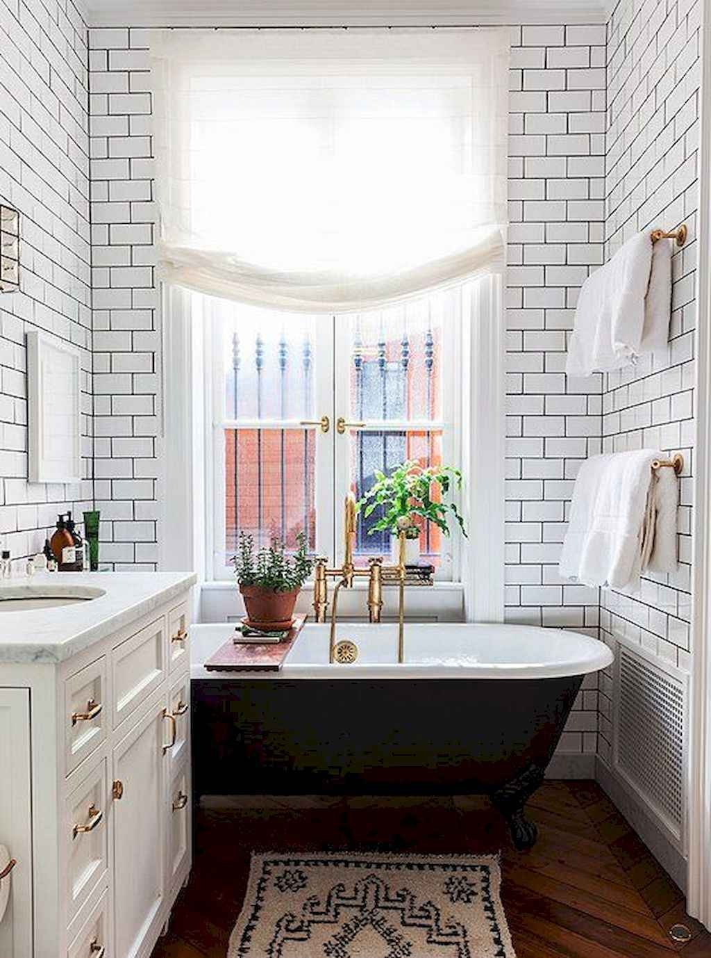 111 awesome small bathroom remodel ideas on a budget (69 ...