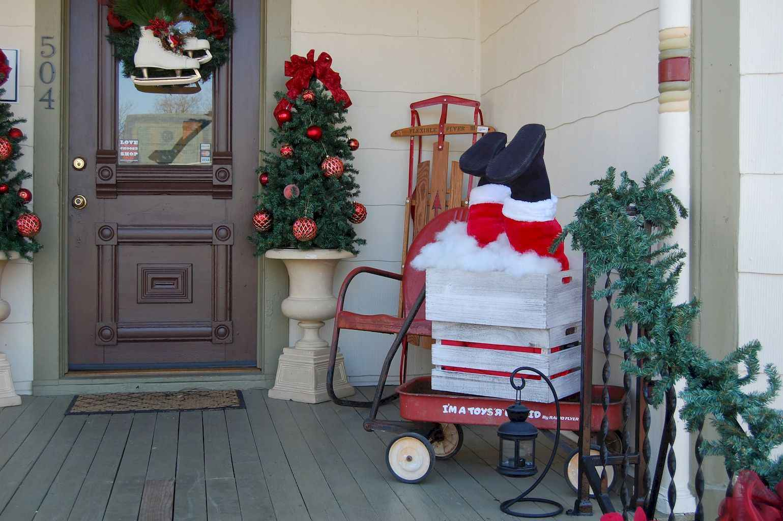 ... 1539 × 1024 in 50 Beautiful Christmas Porch Decorations ...