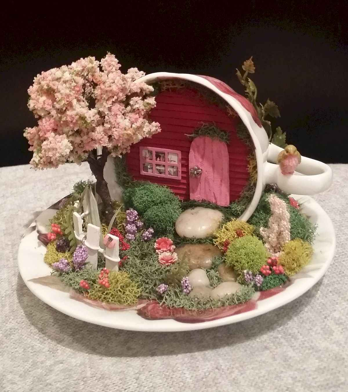 50 easy diy summer gardening teacup fairy garden ideas (46)