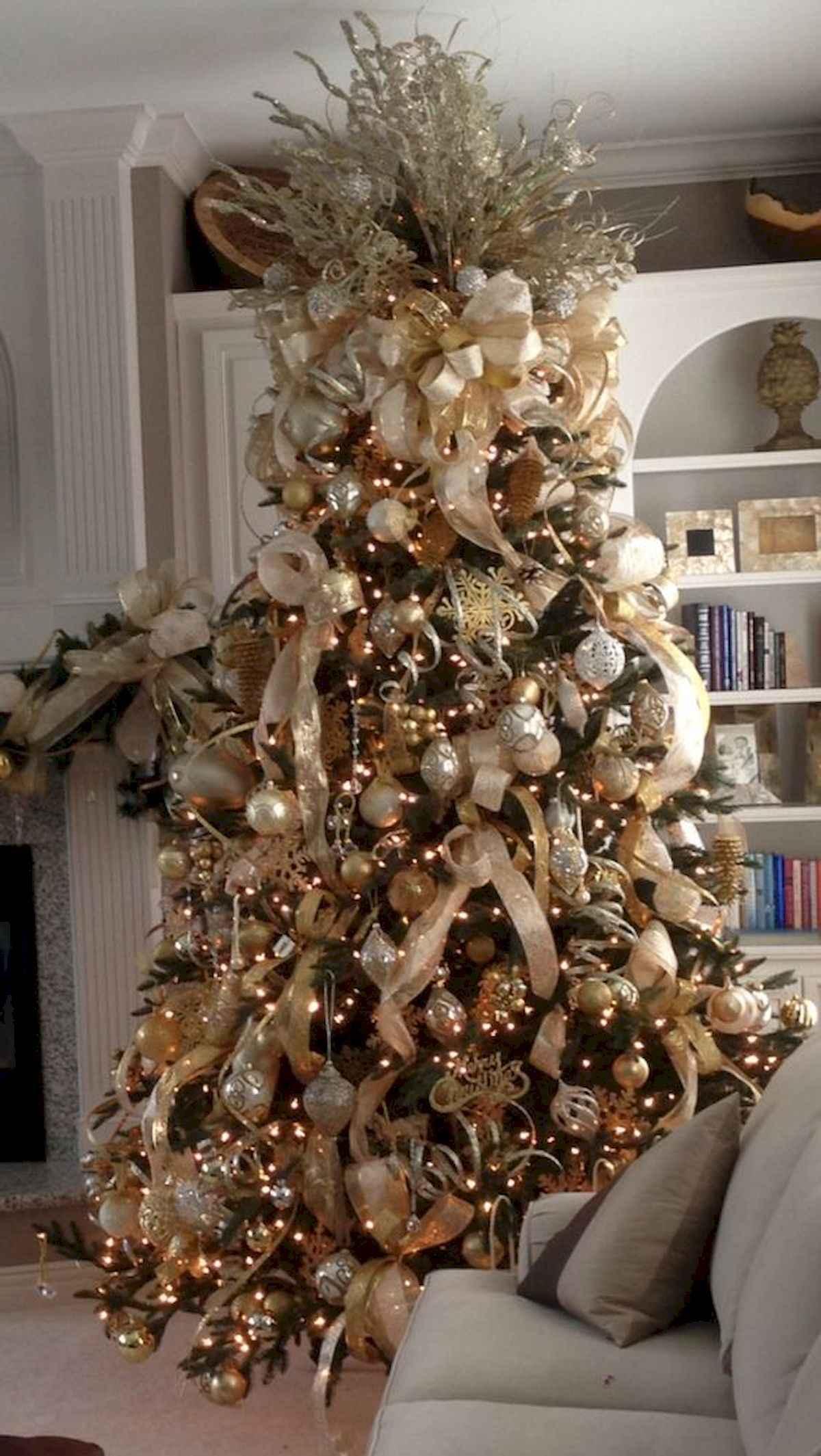 40 Elegant Christmas Tree Decorations Ideas (15). Published June 10, 2018  At 1200 × 2129 In 40 Elegant Christmas Tree Decorations Ideas