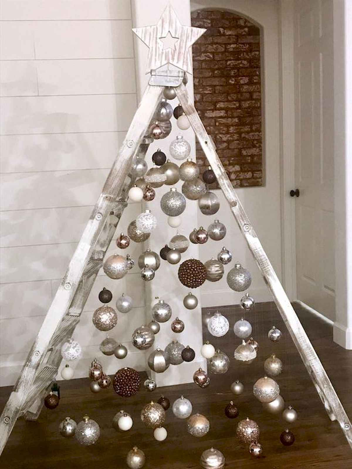 ... 1200 × 1600 in 40 Unique Christmas Tree Ideas Decorations