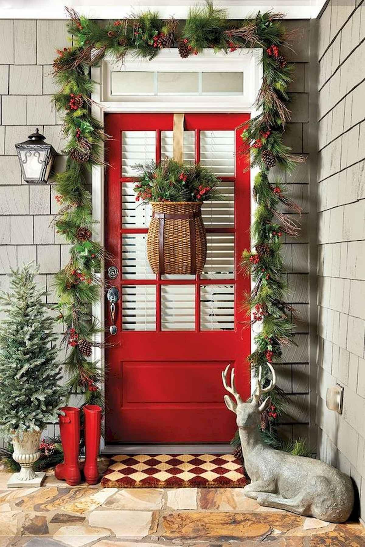 50 front porches farmhouse christmas decorations ideas (19). Published June 10, 2018 at 1200 × 1800 in 50 Front Porches Farmhouse Christmas Decorations ...